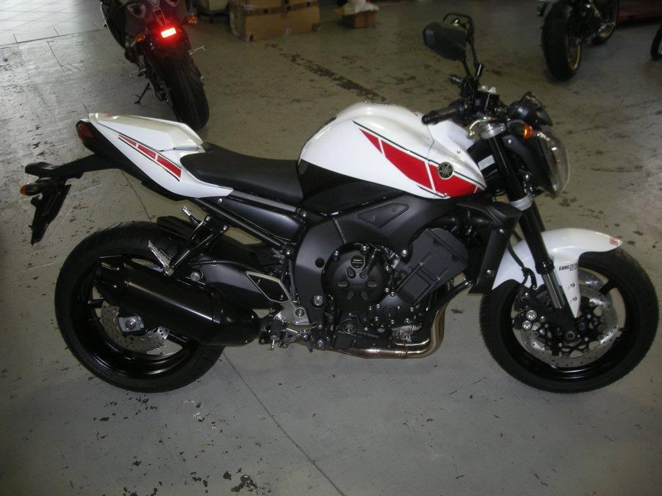 Yamaha - 41