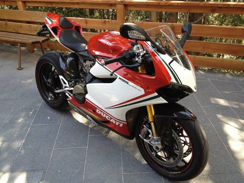 Ducati - 27