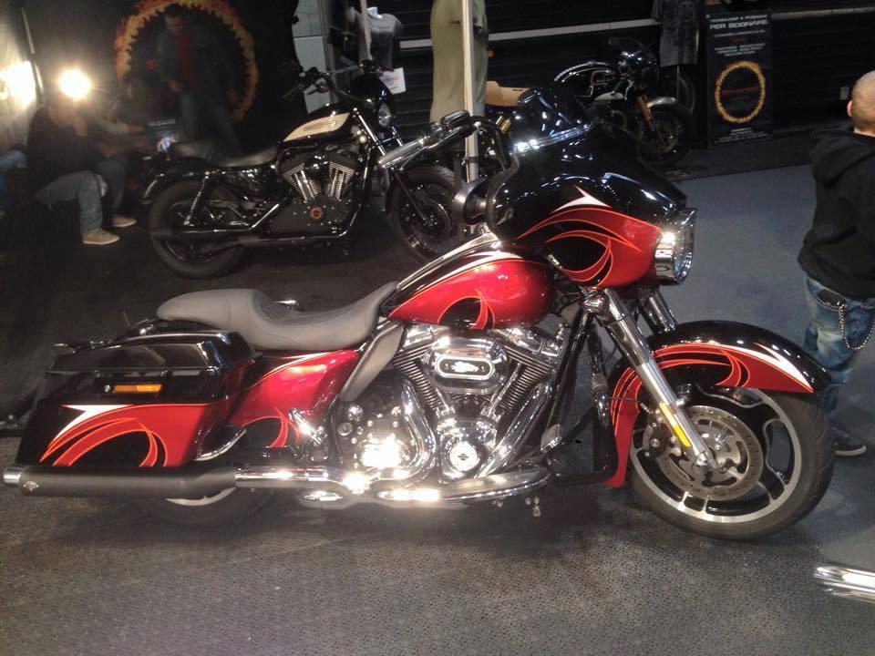 Harley Davidson  - 76