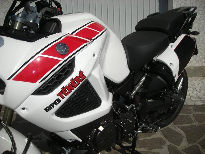 Yamaha - 11