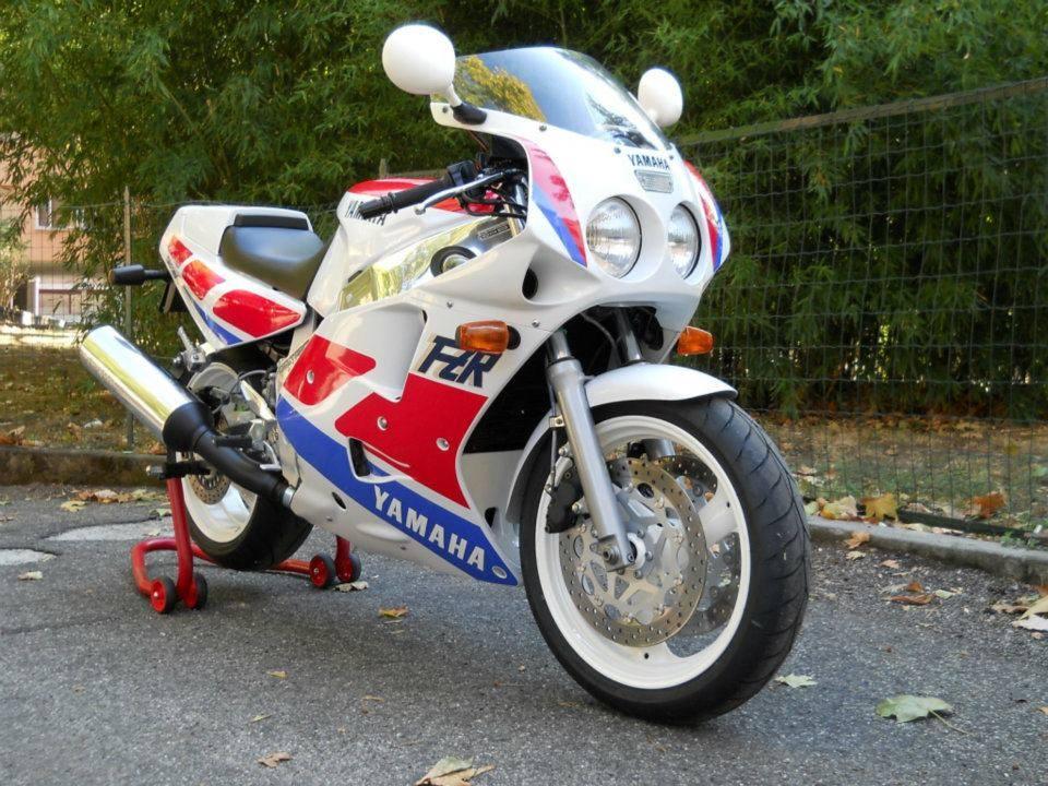 Yamaha - 61
