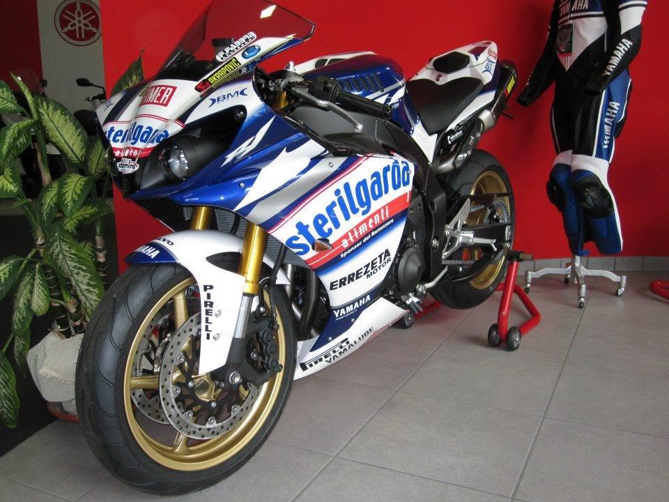 Yamaha - 12