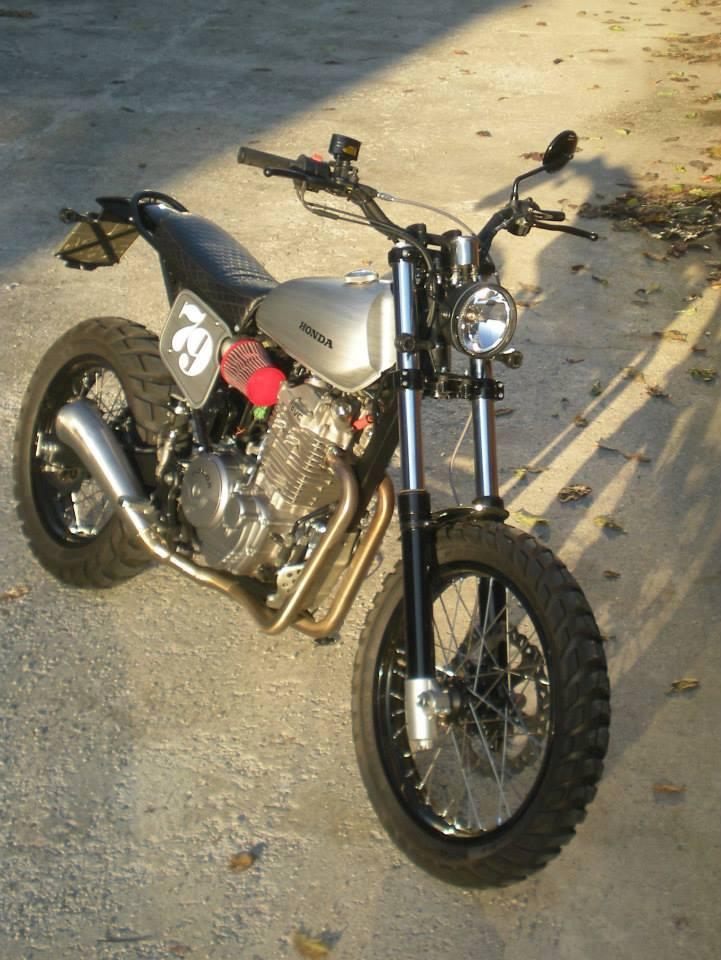 Honda - 12