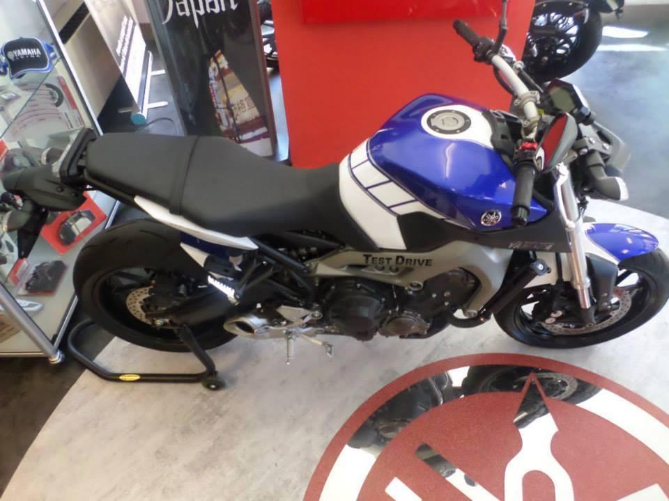 Yamaha - 8