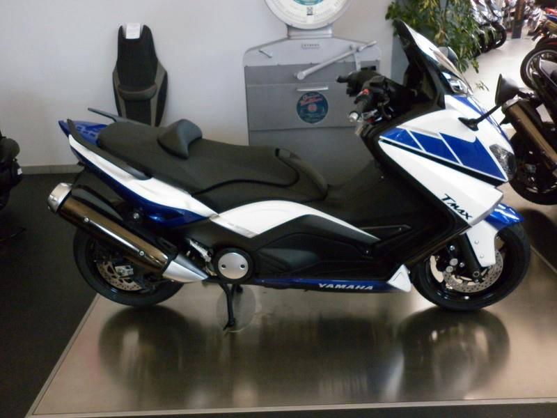 Yamaha - 27