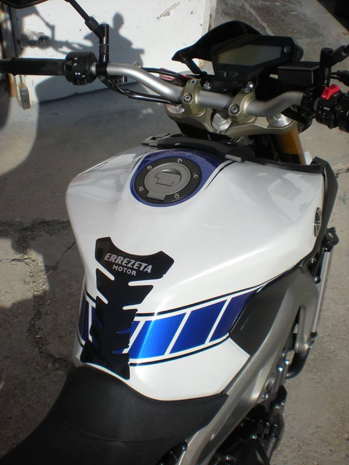 Yamaha - 52