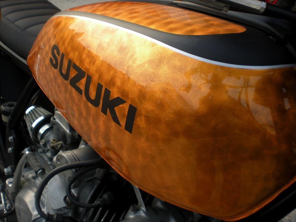 Suzuki - 12