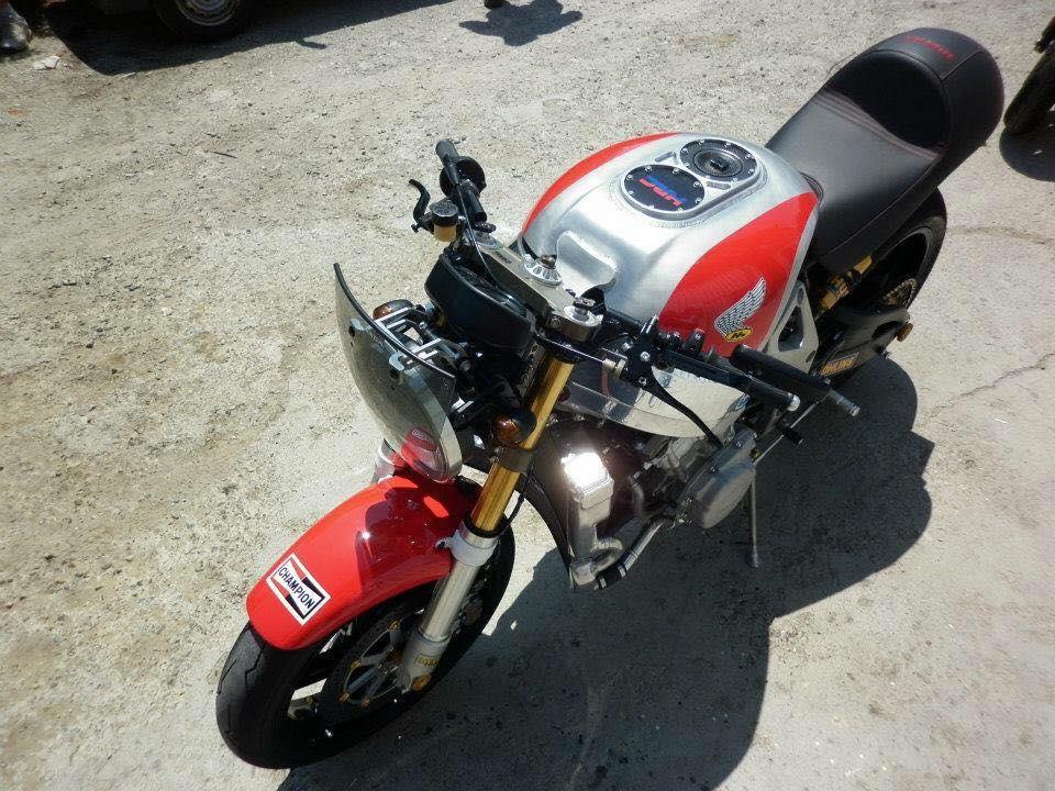 Cafè Racer - 9