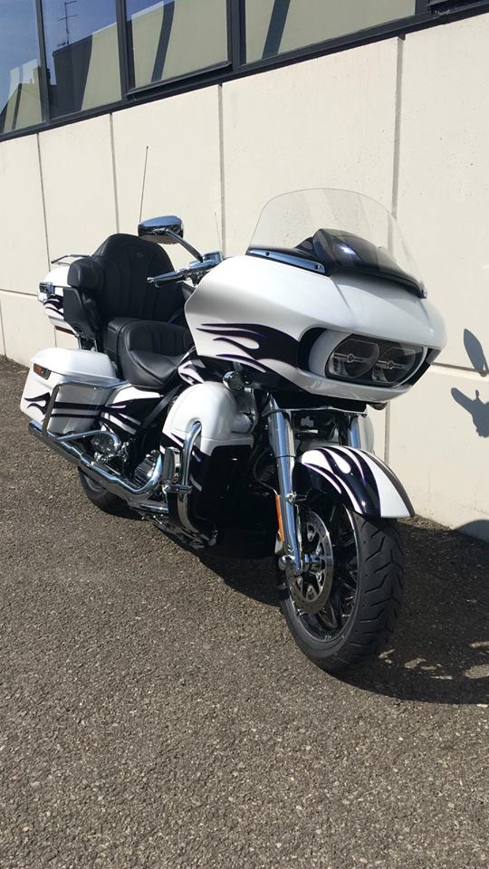 Harley Davidson  - 102