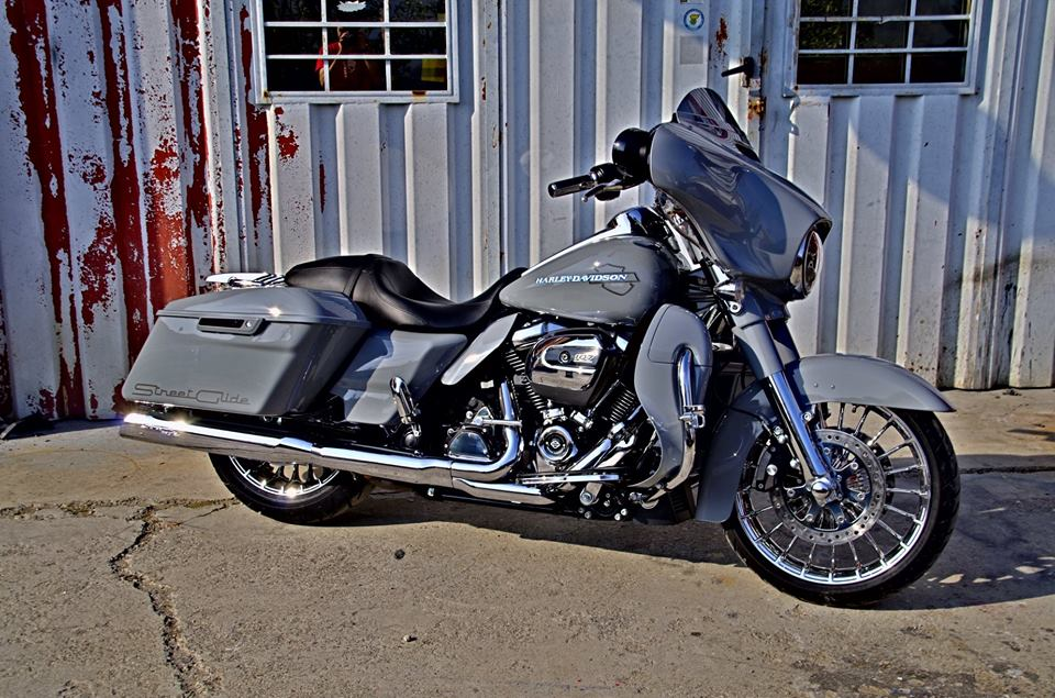 Harley Davidson  - 83