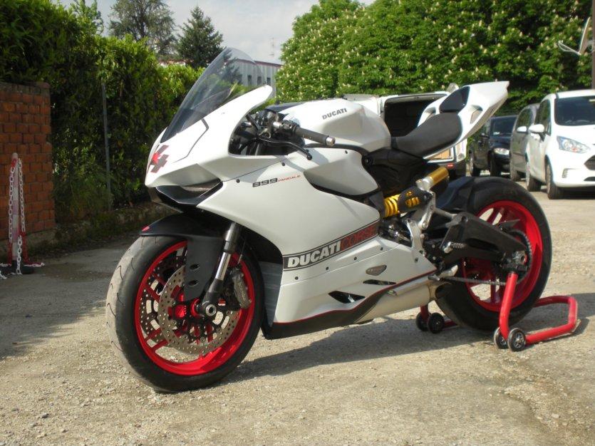 Ducati - 108